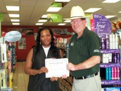 Sally Beauty Supply employee receives award