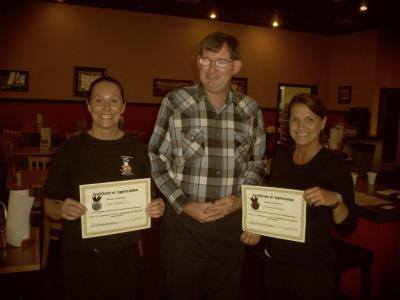 Servers recognized for outstanding customer service