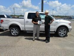 Barry Parker of Moore Stewart Ford gets customer service award
