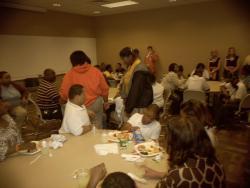 Kids enjoy lunch at AU